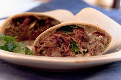 Burritas de machaca con chile verde