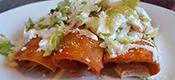 Enchiladas con rajas y queso